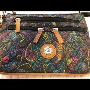 Stone Mountain Accessories Bags - Black Purse w/ colorful detailing & 3 dif straps!